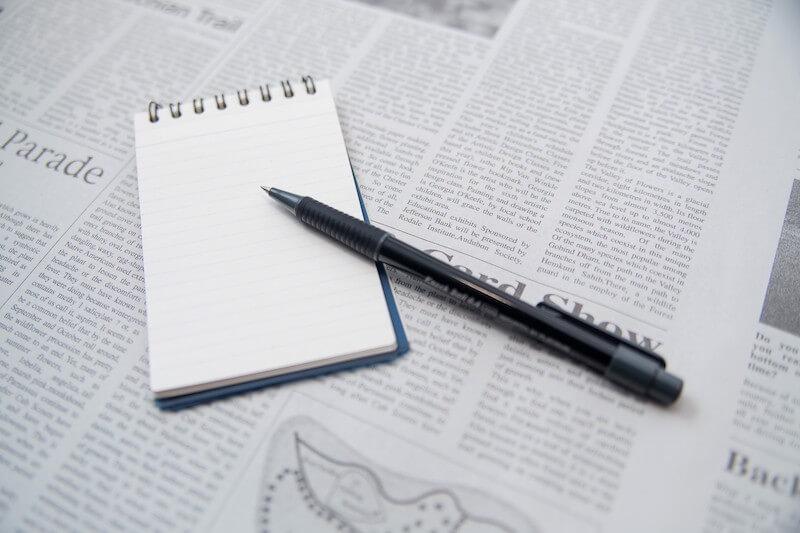 メモ帳と筆記用具